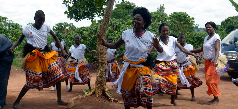 Brobygger - tag med til Uganda